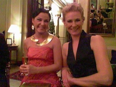 Marja Tiuran ja Leena Harkimon juhlaeleganssia