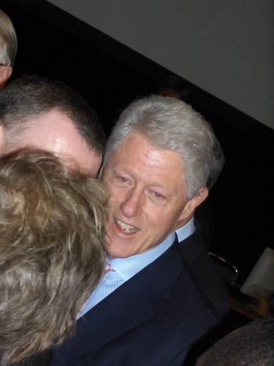 Montrealin kokous huipentui Bill Clintonin puheeseen, jossa hän ilmoitti rakastavansa Kioton sopimusta. Puhe herätti suuren innostuksen, ja sen jälkeen Clinton oli ihailijoidensa piirittämä.