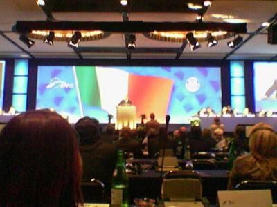 Oli pakko myöntää, Berlusconi piti hyvän puheen EPP:n puoluekokouksessa, vaikka esimerkiksi Angela Merkel ja Nicolas Sarkozy olivatkin odotetumpia esiintyjiä.
