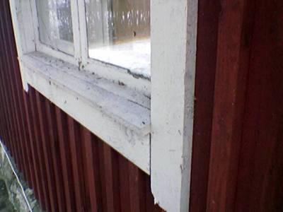 Nämä ikkunaluukut pitää laittaa uusiksi